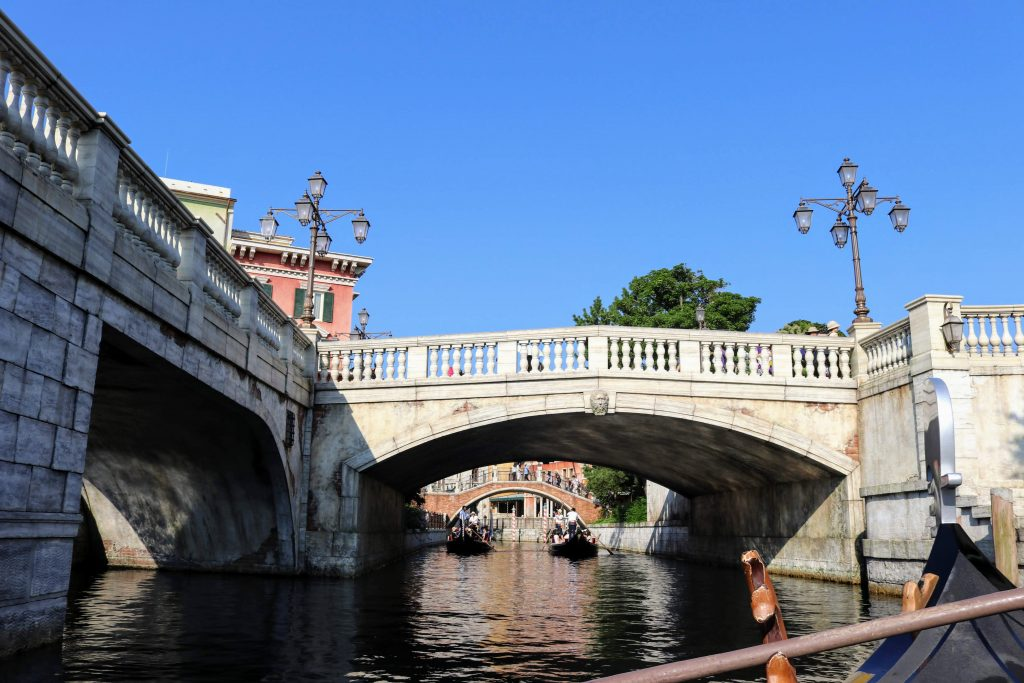 ヴェネチアン・ゴンドラからの景色10東京ディズニーシーのパワースポット「願いの橋」オススメスポット